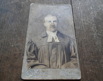 Original antique Portrait of a Lutheran pastor, Victorian man  Photo, antique man Portrait, Old Photo, Steampunk Scrapbooking