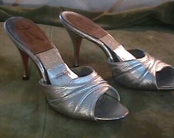 Vintage 1950s Springolator Heels, Silver Size 8 1/2 Fenrcraft   # 1050
