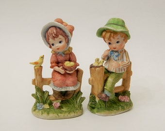 2 Lund's Lites Girl + Boy on Fence with Birds Figurine/Statues