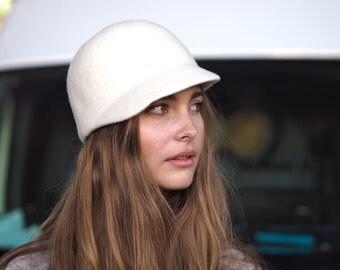 Ecru Edie Hat