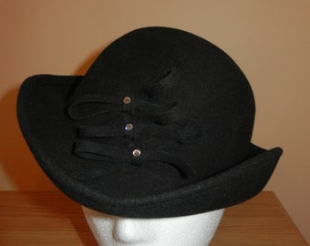 Black Felt Woman's Hat - Made in Poland - 100% Wool