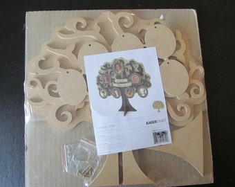 Family Tree Kit by KaiserCraft