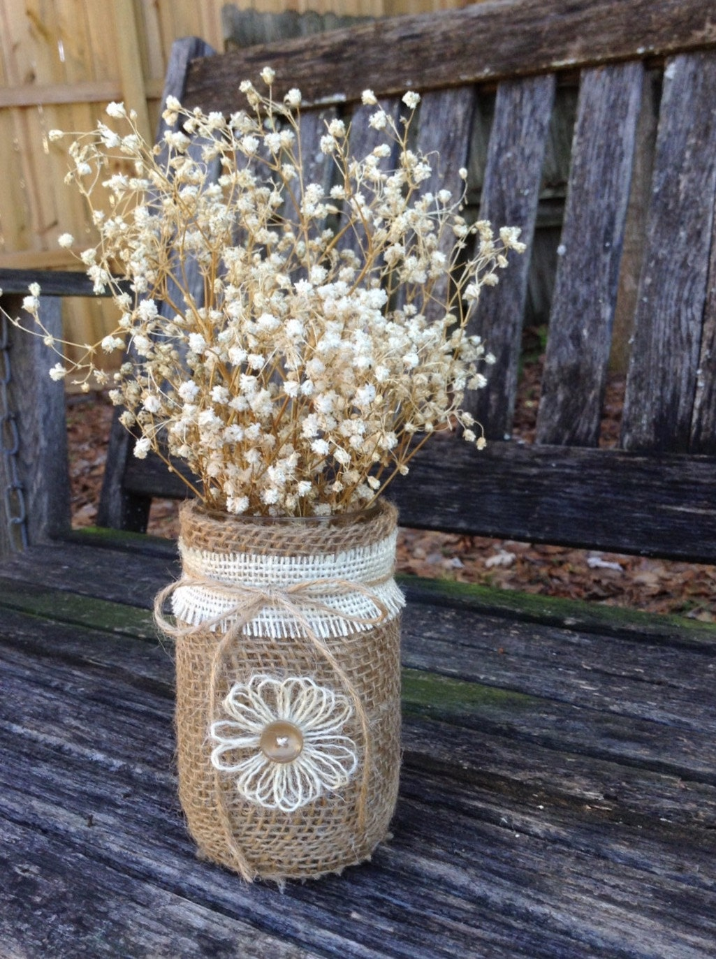 Rustic burlap centerpieces table