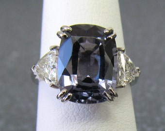 Natural blue spinel diamond ring,mined in Srilanka.