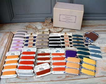 Box set of french vintage / antique cashmere and wool embroidery thread. Cashmere embroidery floss. Cashmere thread. Needlpoint. Embroidery