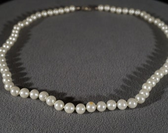 Vintage Traditional Style Faux Pearl Silver Tone Glass Beaded Necklace Jewelry     K#49