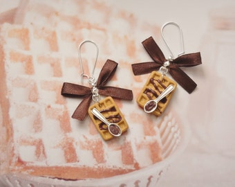 earrings waffles chocolate
