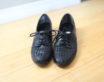 vintage black woven leather lace up oxfords moccasins womens 7 1/2