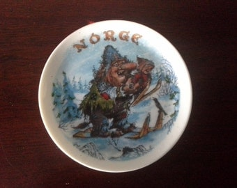 Norway troll plate christmas plate.