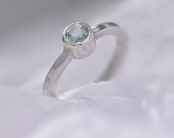 Aquamaring Ring, Sterling Silver Ring with Aquamarine, Blue Ring, March Birthstone Ring, Ring Size L1/2