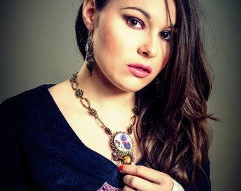 SOLD. Romantic Victorian - steampunk necklace, thoughts