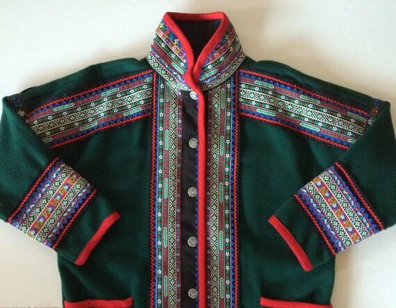 Scandinavian Ethnic Coat Saami Folk Art w Decorative Folk