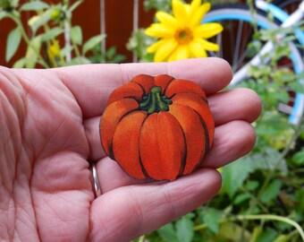 Wood Pumpkin Brooch Pin//Pumpkin Patch//Harvest//Fall//Autumn//October//Halloween//November Jewelry