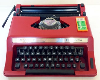 Red typewriter Dactylette for kids - 70s