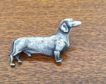 VIntage English Kenart dachshund dog brooch ~ Kenart dachshund brooch