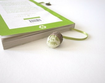Natural bookmark, poetic gift, green fabric, reall acorn, Nature