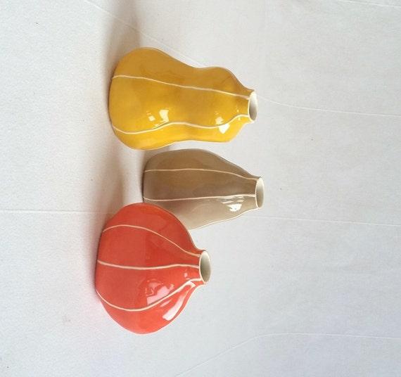 Set van 3 keramische bud vazen in warme kleuren kleurrijke - Lijst van warme kleuren ...