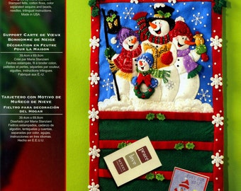 Bucilla Snowmen ~ Greeting Card Holder Christmas Felt Kit #86115 Snow Family DIY