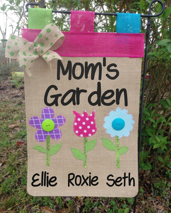 Mom 39 S Garden Flag Mothers Day Gift Gifts By