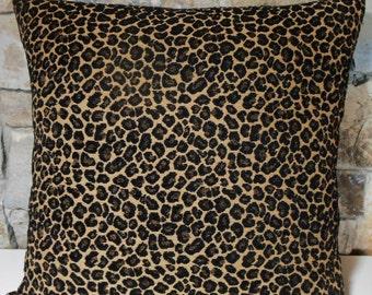 "20"" Chenille Jacquard Leopard Print Pillow Cover"