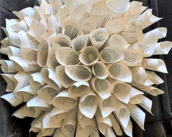 Paper Wreath-Book pages-Pride and Prejudice-Wedding-shabby chic- table decoration
