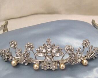 Vintage silver color bridal tiara with crystal floral motif
