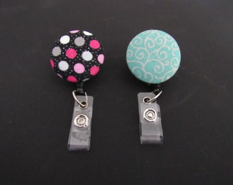 Fabric badge reels