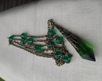 Necklace, crystal necklace, crystal pendant, dagger necklace, gothic, green crystal, glass crystal, pendulum necklace, witch craft, bronze