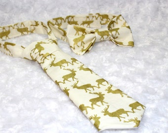 Handmade Reindeer Bow Tie / Christmas Reindeer Neck tie / Kids Christmas Tie/ Photo prop. Made in USA
