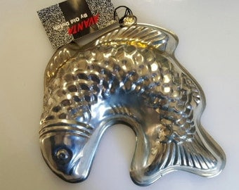 Vintage Portugese Tinned Steel Fish Mold - 8-3/4 inches