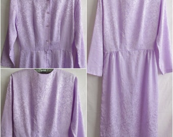 Pretty Light Purple Dress, Lavendar Vintage Secretary Dress with Buttoned Back, 3/4 Length Sleeves, Ultra Smooth Finish, Womens Vintage, EUC