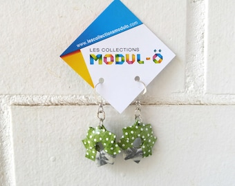 Green and silver earrings | Dangle aerrings | White polka dots | Paper jelwry | Origami by Modul-O