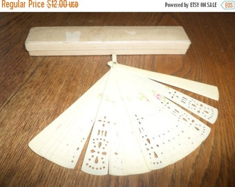 Save 20% Today Vintage Celluloid Ladies Fan Excellent Condition In Old Box