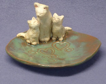 Handmade Ceramic Dish w/ Three Cats - Trinket Holder, Ring Holder, Jewelry Holder, Wedding Gift,  Anniversary Gift, Ceramic Art, Jade Green