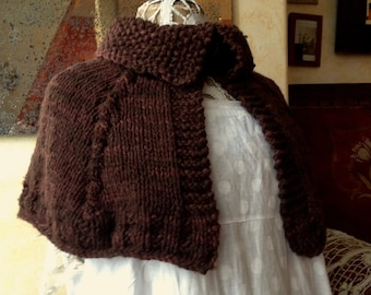 "Handknit ""Outlander"" capelet, 100 % merino - cape, shoulder shawl"