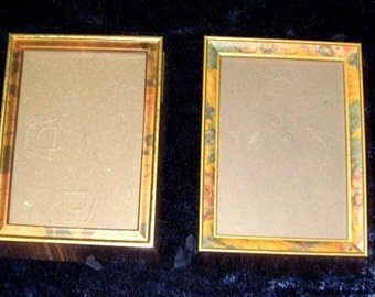 2 PICTURE FRAMES - Pair - Standing Leg