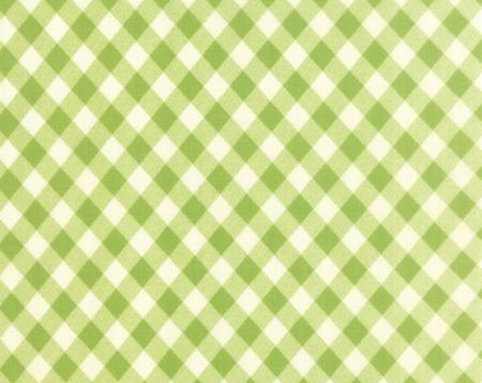 Vintage Picnic Floral Check Light Green - 1/2yd