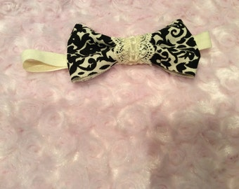 Black damask print headband