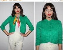 SALE Vintage 50s 60s MOHAIR Cropped Sweater / Kelly Green Cardigan Jumper / Wooly, Fuzzy / Rockabilly, Mod, 50s Bombshell / Lightweight, Spr