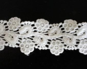 """3 yards 1-1/4""""  Off-white Rose lace/trim/Bridal lace/vintage ivory cotton lace trim"""