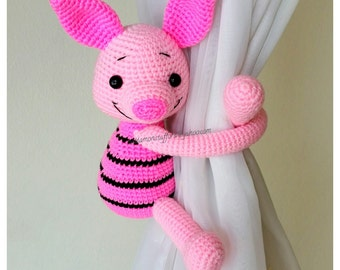 1 Piglet curtain tie back.  Crochet tie back.   MADE TO ORDER***