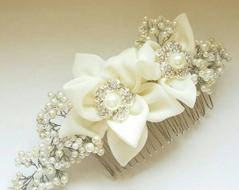 Bridal Hair Comb with Pearls -Flower Hair comb -Ivory flower Combs -Bridal hair accessories -Wedding Hair pieces -Floral Combs with Pearls