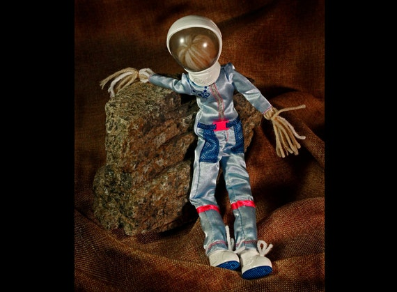 Art Doll,Folk Art Doll, Astronaut Doll, Stress Reliever, Toy Doll