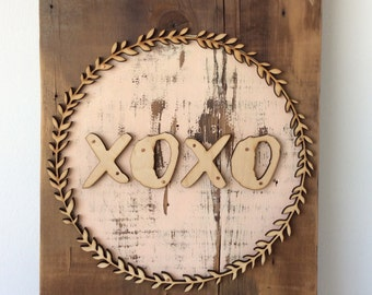 XOXO Boxwood Barn Wood Wall Sign