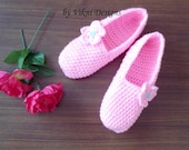 Crochet Slippers, Womens Plush Pink Slippers by Vikni Designs