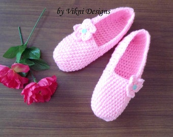 Crochet Slippers, Womens Plush Pink Slippers by Vikni Designs