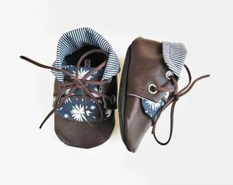 Daisy Stripe Chuck Boots