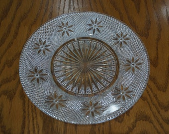 Vintage Early American Pattern Glass  Salad Plate Daisy Starburst Design