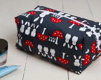 Rabbit box pouch, rabbit makeup bag, rabbit cosmetic pouch, rabbit makeup pouch, box pouch, rabbit travel pouch, thank you gift