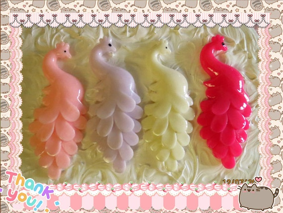 0: )- CABOCHON -( Rainbow Peacocks